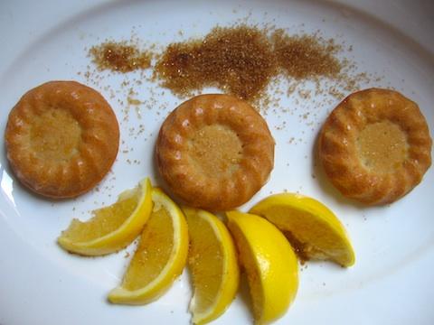 сиропиран сладкиш с лимон