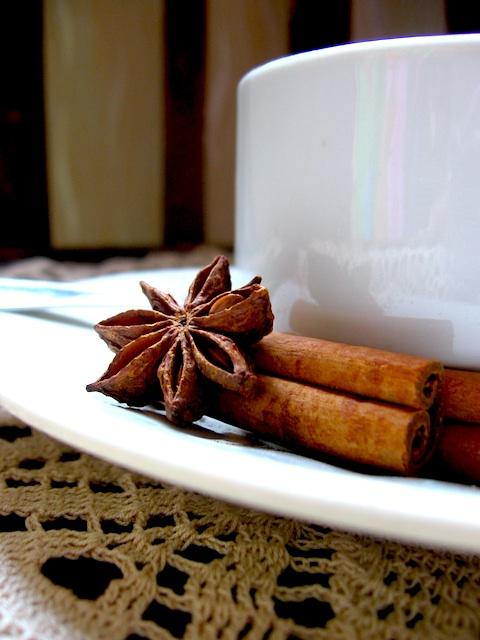 чай от канела и звездовиден анасон