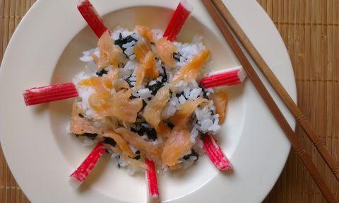 Суши салата с нори