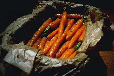 моркови с мед и масло на фурна